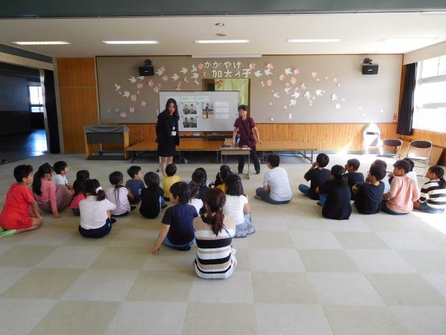 【加太小学校に姿勢と食事の特別授業に】